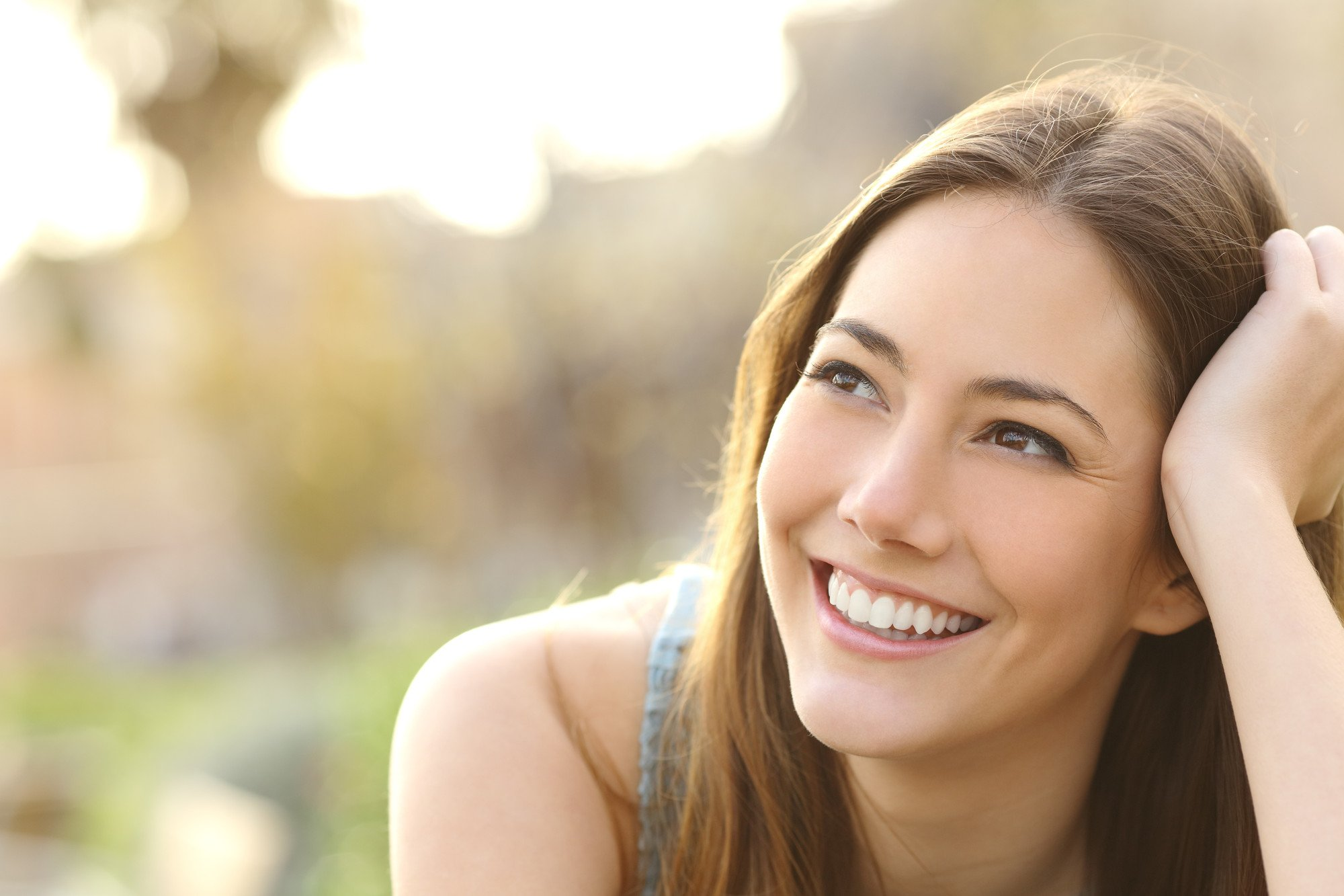 A girl smiling
