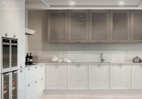 cucina bianca con pensili grigi