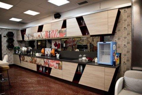 cucina moderna in legno chiaro