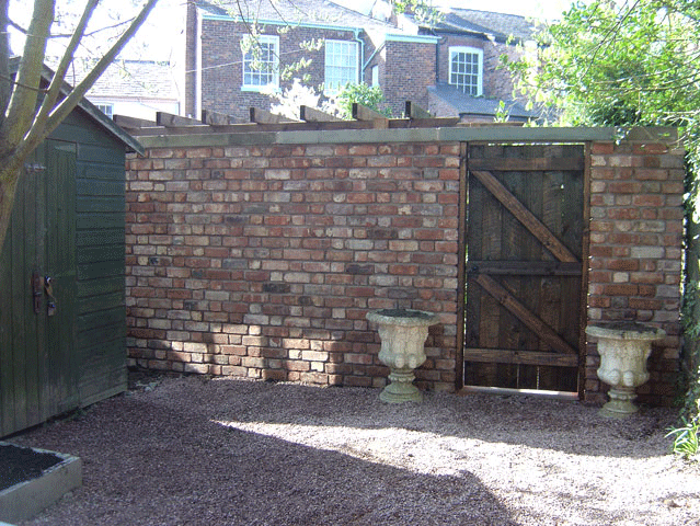 Garden landscaping - Saddleworth, Diggle, Delph - Avonleigh Homes & Gardens - brick wall