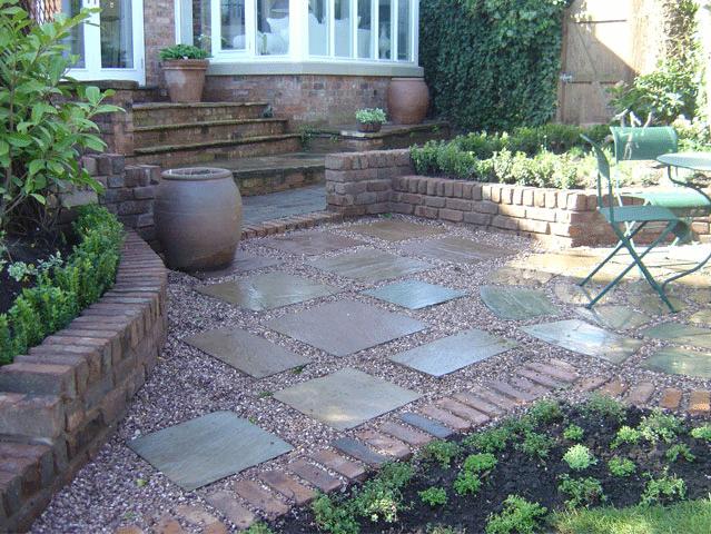 Landscape gardening - Rochdale, Shaw, Huddersfield - Avonleigh Homes & Gardens - walkway