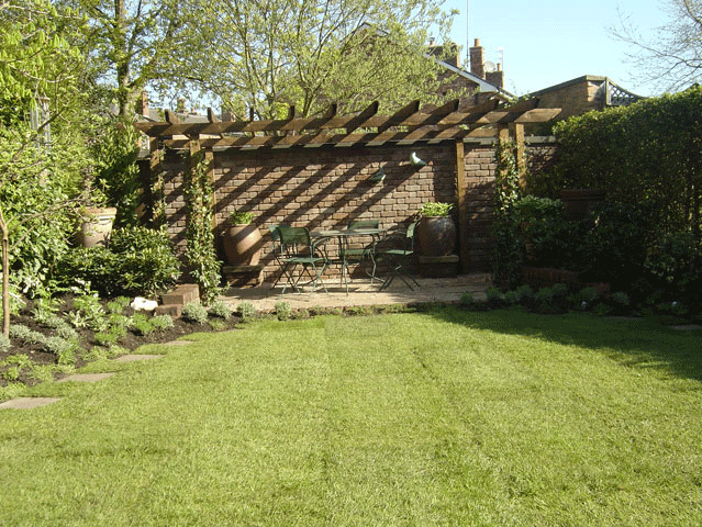Feature garden - Littleborough, Sowerby Bridge, Todmorden - Avonleigh Homes & Gardens - garden shade