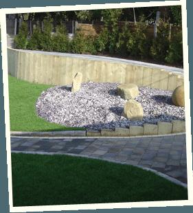 Feature garden - Littleborough, Sowerby Bridge, Todmorden - Avonleigh Homes & Gardens - garden walkway