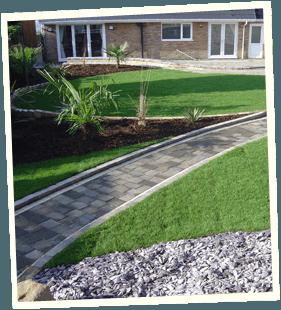 Garden design - Saddleworth, Diggle, Delph - Avonleigh Homes & Gardens - walkway