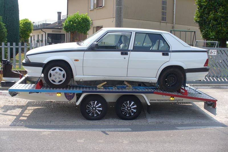 Trasporto auto d'epoca con carrello