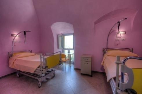 Camera con letti medicali
