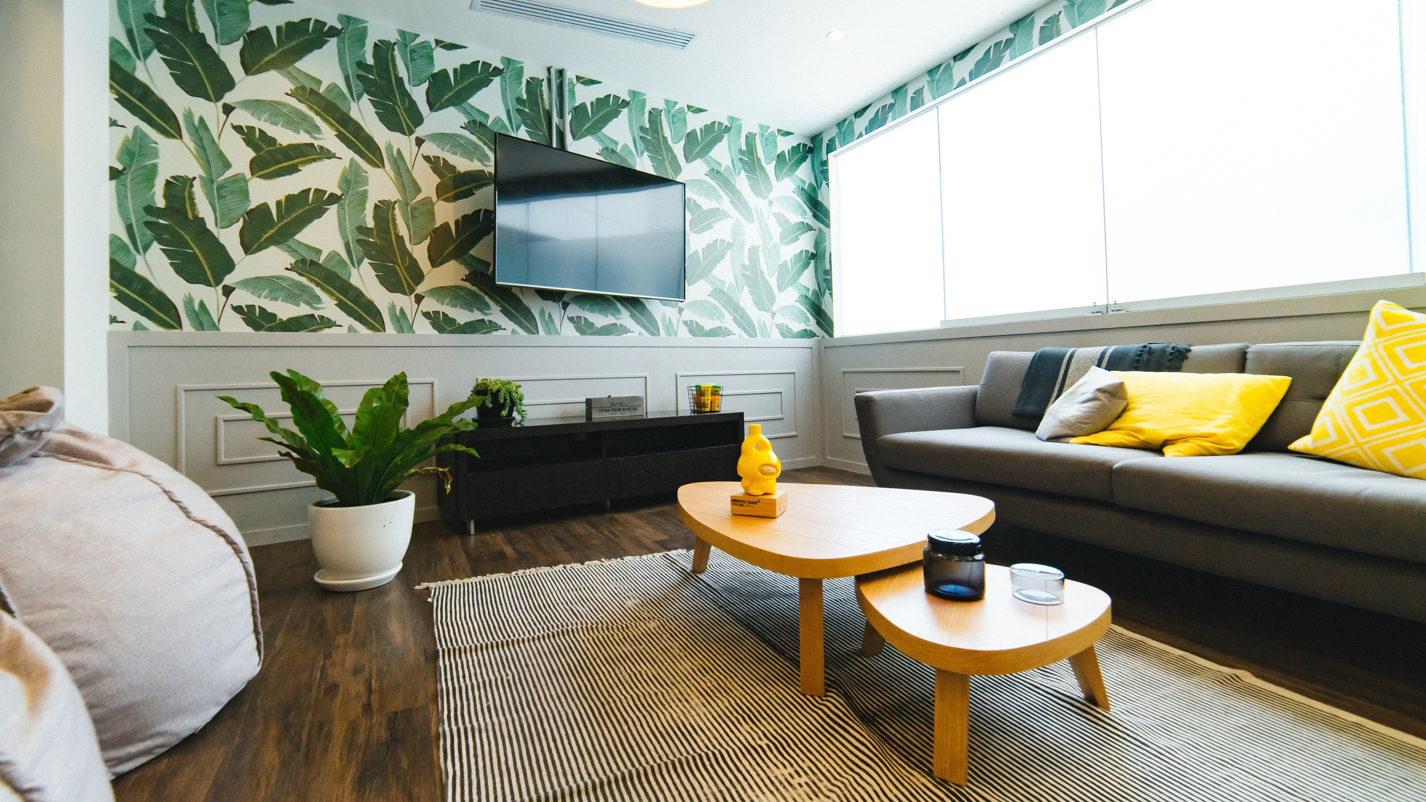 Living Room Flooring Options for 2018