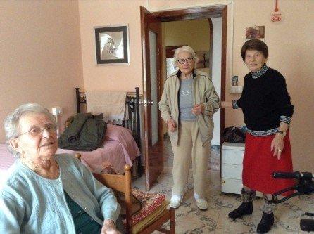 Tre ospiti della residenza per anziani