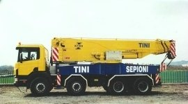 montaggio gru per movimentazione merci, movimentazione macchinari, manovratori specializzati