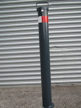 Removable auto locking bollard installed by expert
