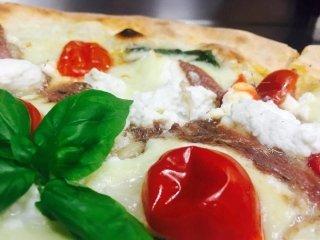 pizza con acciughe