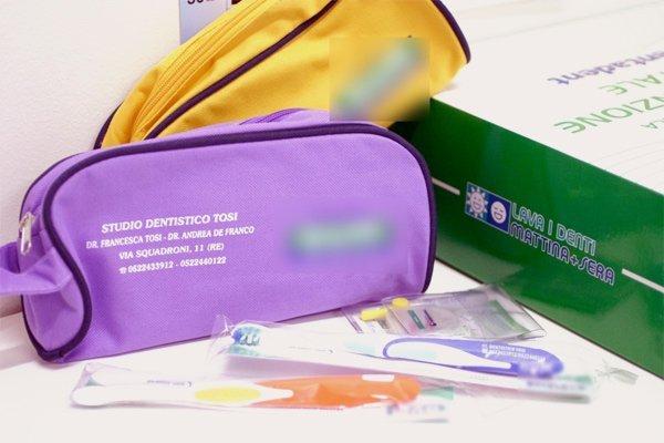 strumenti per l'igiene orale