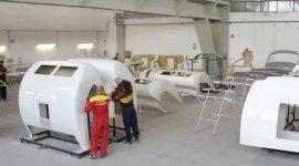 preparazione e verniciatura vetroresina - componenti camper