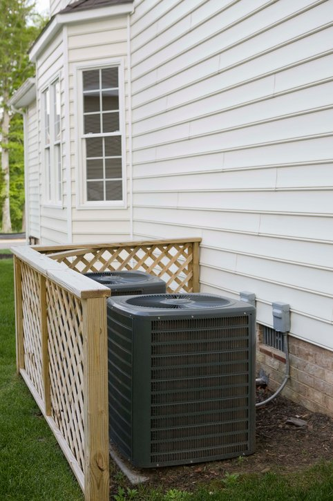 Professional doing the AC installation being done in Crescent Springs