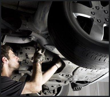 riparazione auto, pneumatico