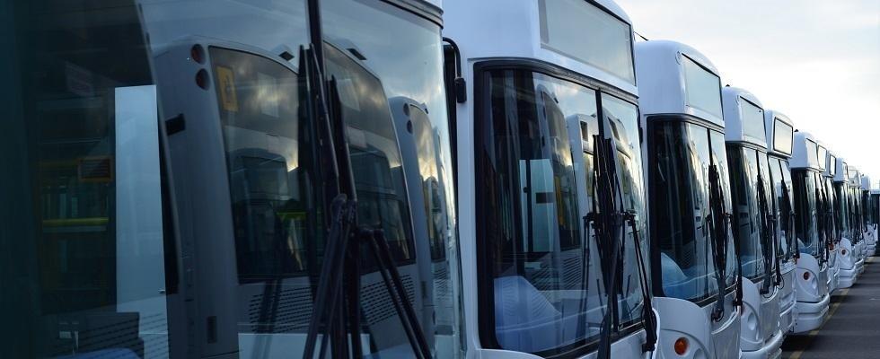 sostituzione parabrezza autobus