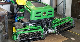 John Deere garden machinery