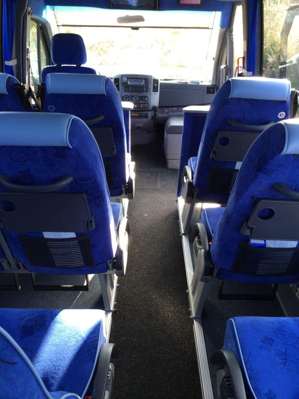 Servizio trasporti 16 posti