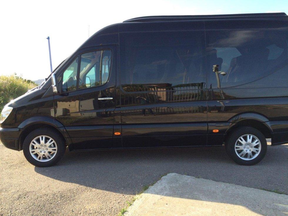 noleggio minibus 11 posti