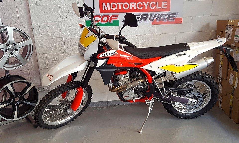 SWM RS300R MOTO ENDURO