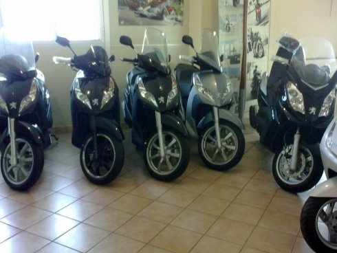 Scooter, Kymco, Peugeot, Usato, Downtown, officina, gommista