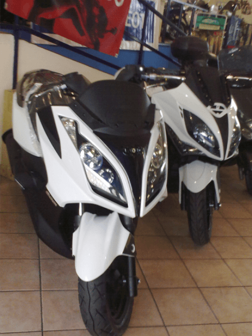 Scooter, Kymco, Usato, Downtown, officina, gommista
