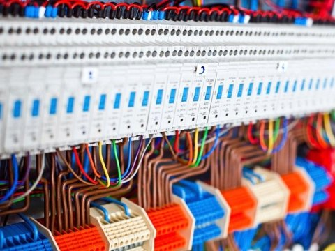 Impianti elettrici installazione e manutenzione