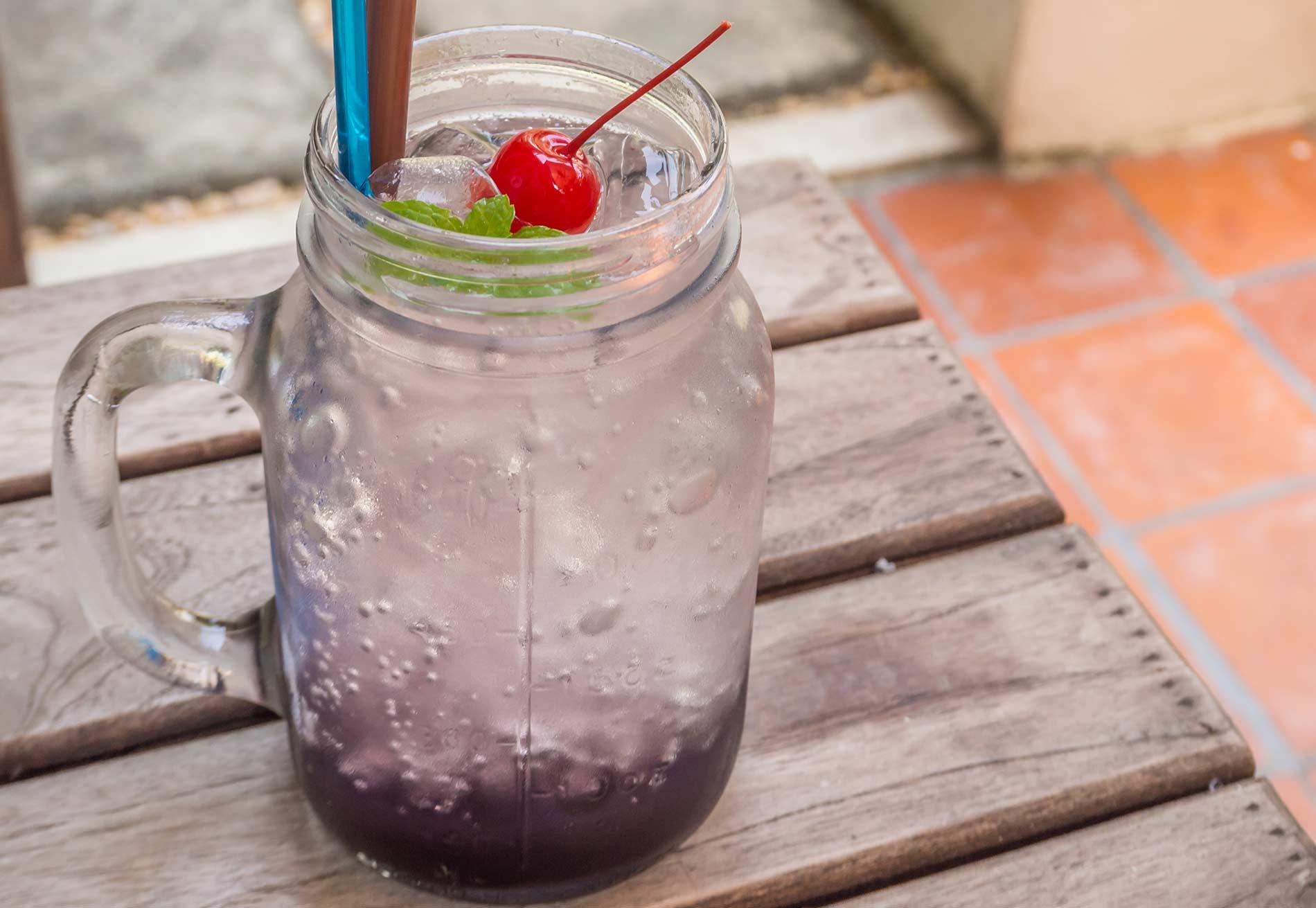 Soda in a mug glass