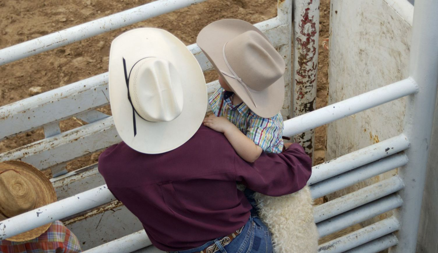 People who attend livestock auctions in Texarkana, TX