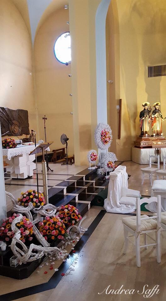 decorazioni floreali per chiesa