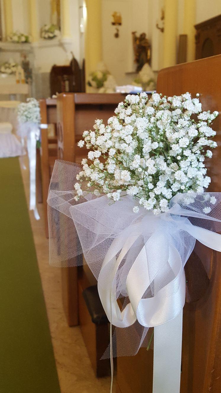 mazzo di fiori per banchi chiesa