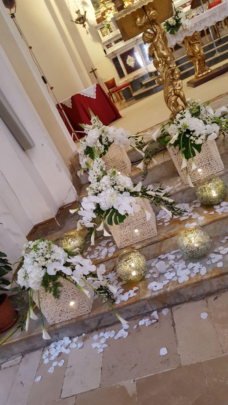 allestimento fiori chiesa
