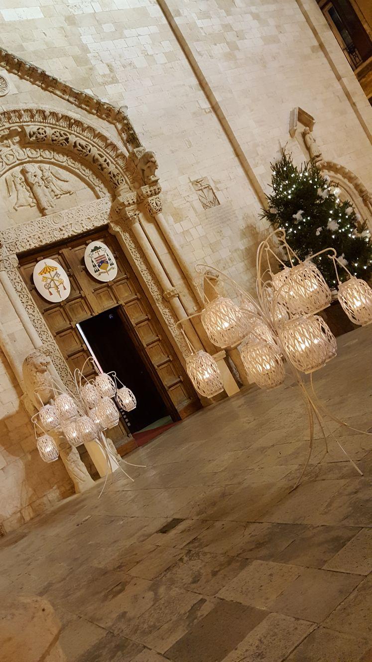 lanterne ad esterno chiesa