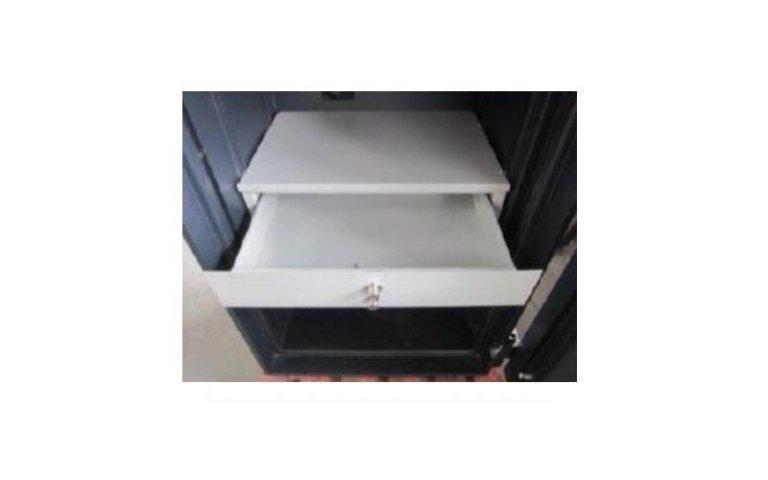 Cassaforte con cassetto scorrevole