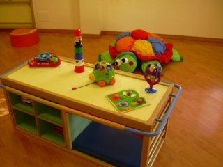 psicomotricità, tavolo giochi, divertimento per bimbi