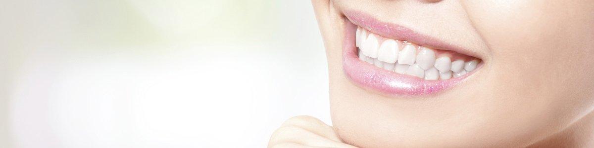 dalyellup dental smiling girl