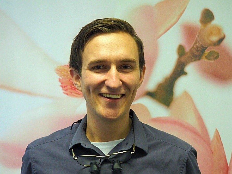 Dr Tim Steven - B.D.Sc. (W.A.) - Associate dentist. UWA Graduate