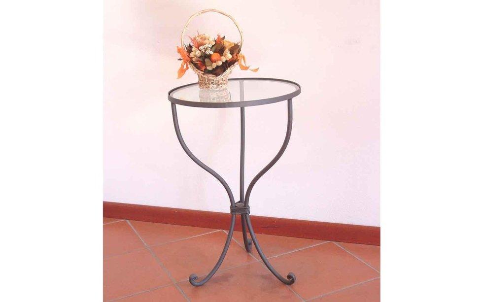 Tavolo in ferro battuto di diverse dimensioni