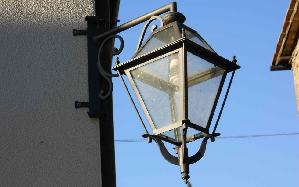 Lanterne e lampadari greve in chianti firenze cappelli - Lanterne esterno ...