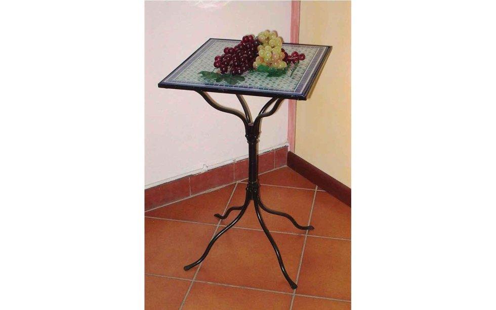Tavolino di arredo