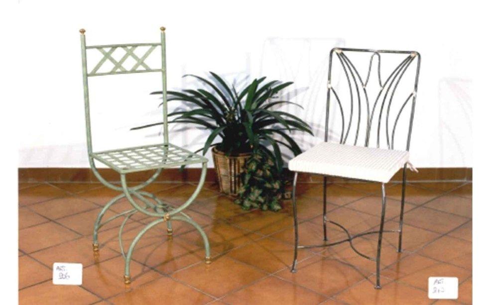 Sedie decorate in ferro battuto