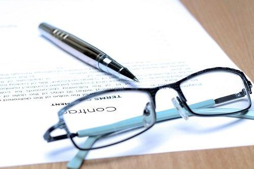 assistenza legale per la stipula di contratti