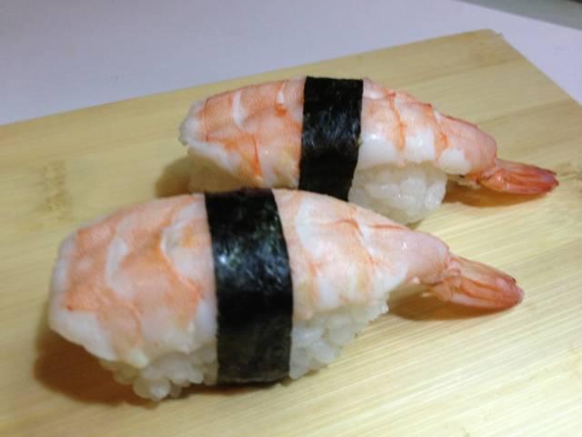 sushi con gamberi