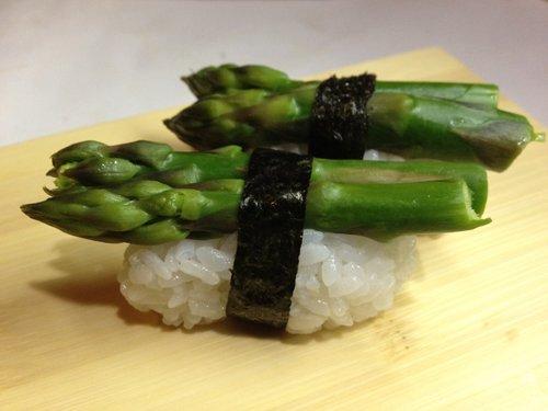 asparagi arrotolati al riso