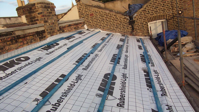 roof being rebuilt