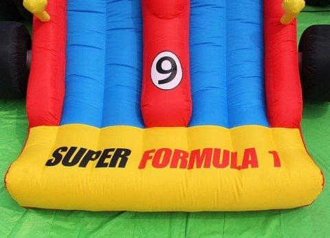 Gonfiabile large - formula uno - particolare scivolo