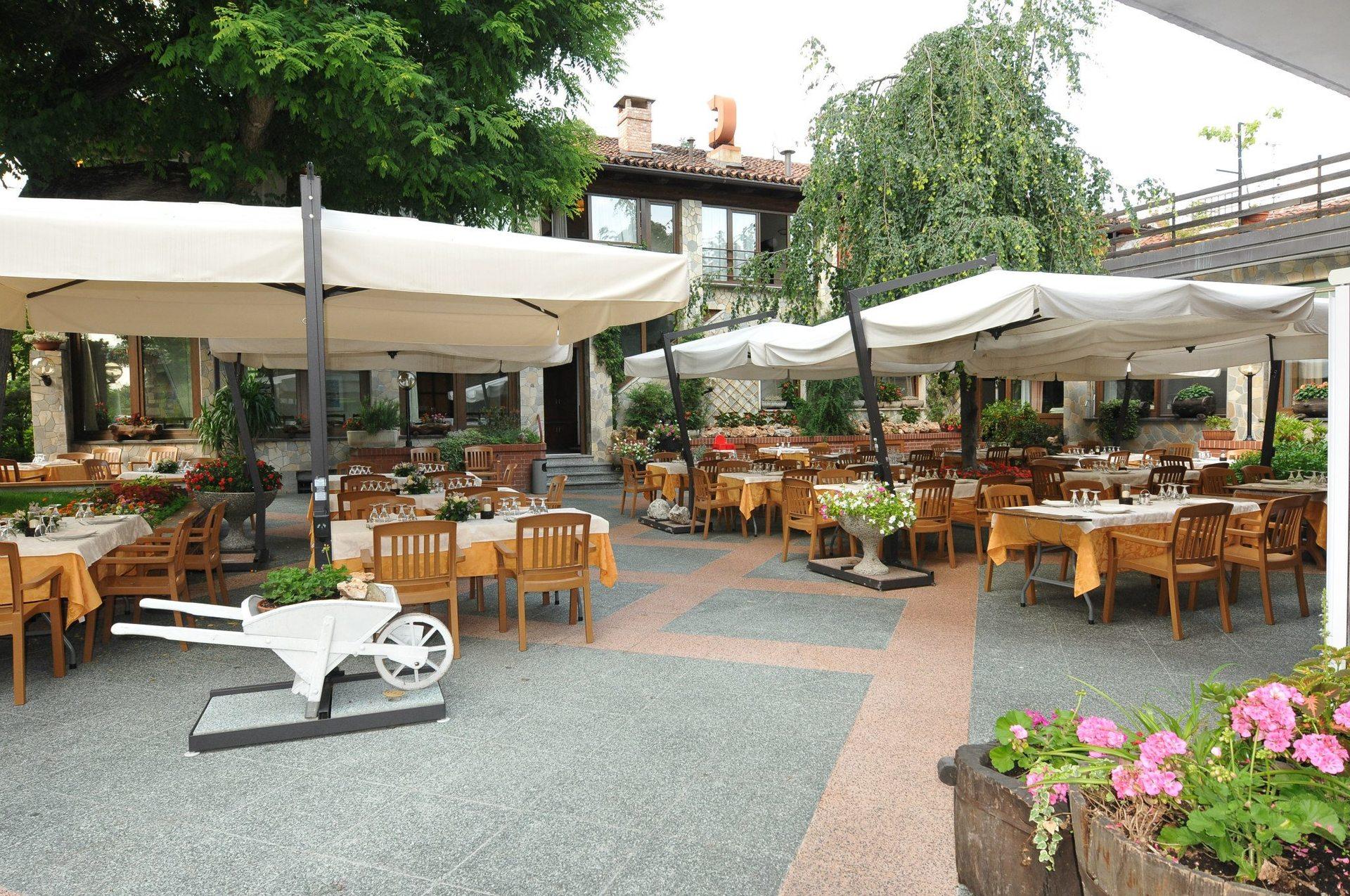 sala esterna del ristorante