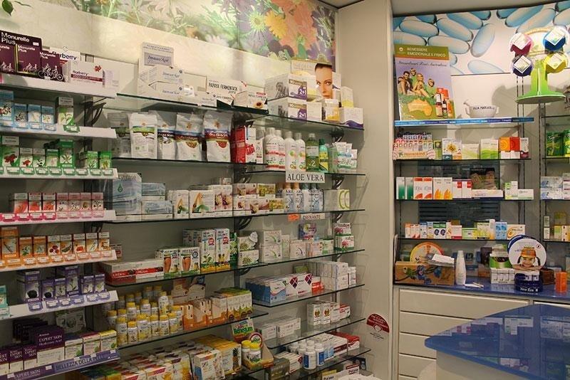 prodotti fitoterapici e omeopatici