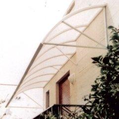 struttura metallo bianco