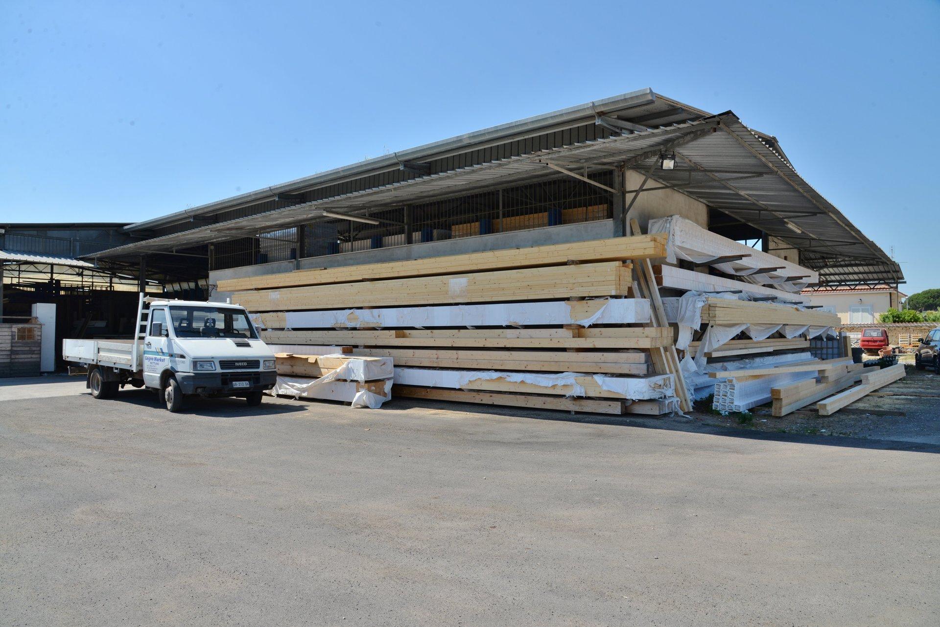 Vendita di legno compensato nettuno rm legnomarket s a s for Hobbistica legno